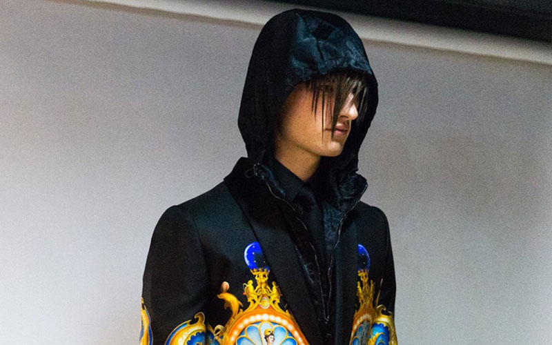 VERSACE FALL WINTER 2017 MFW