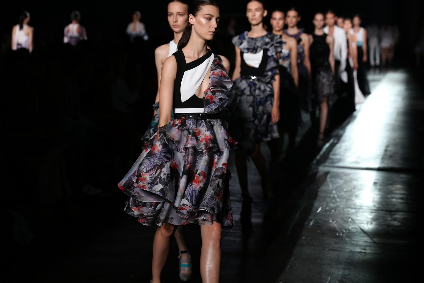 PRABAL GURUNG S/S 2015 New York Fashion Week